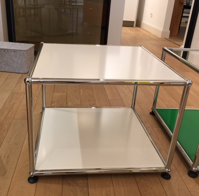 table basse usm quimper pr s de brest. Black Bedroom Furniture Sets. Home Design Ideas